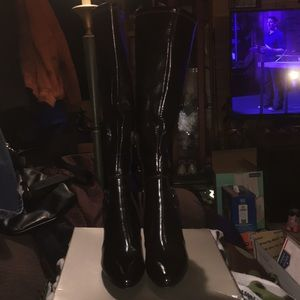 💋MARC FISHER HEELED BOOTS
